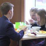Школьные обеды должны стать сытнее