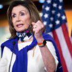 Лидер демократов Пелоси призвала Конгресс готовиться к импичменту Трампа