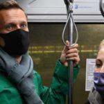 США и страны ЕС призвали освободить Навального