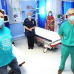 Эффект вакцинации от COVID-19 среди медиков Британии: данные о защищенности переболевших и привитых