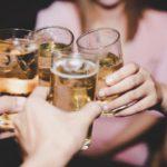 Названы алкогольные напитки, вызывающие проблемы с желудком