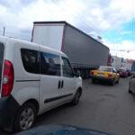 Киев сковали пробки: по каким дорогам не стоит ехать